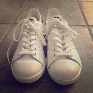 Adidas Stan Smith white, lace up sneakers. Size 7
